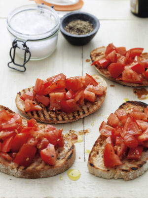 SNACKS tomatoes on toasted sourdough