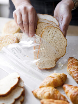 freeze bread
