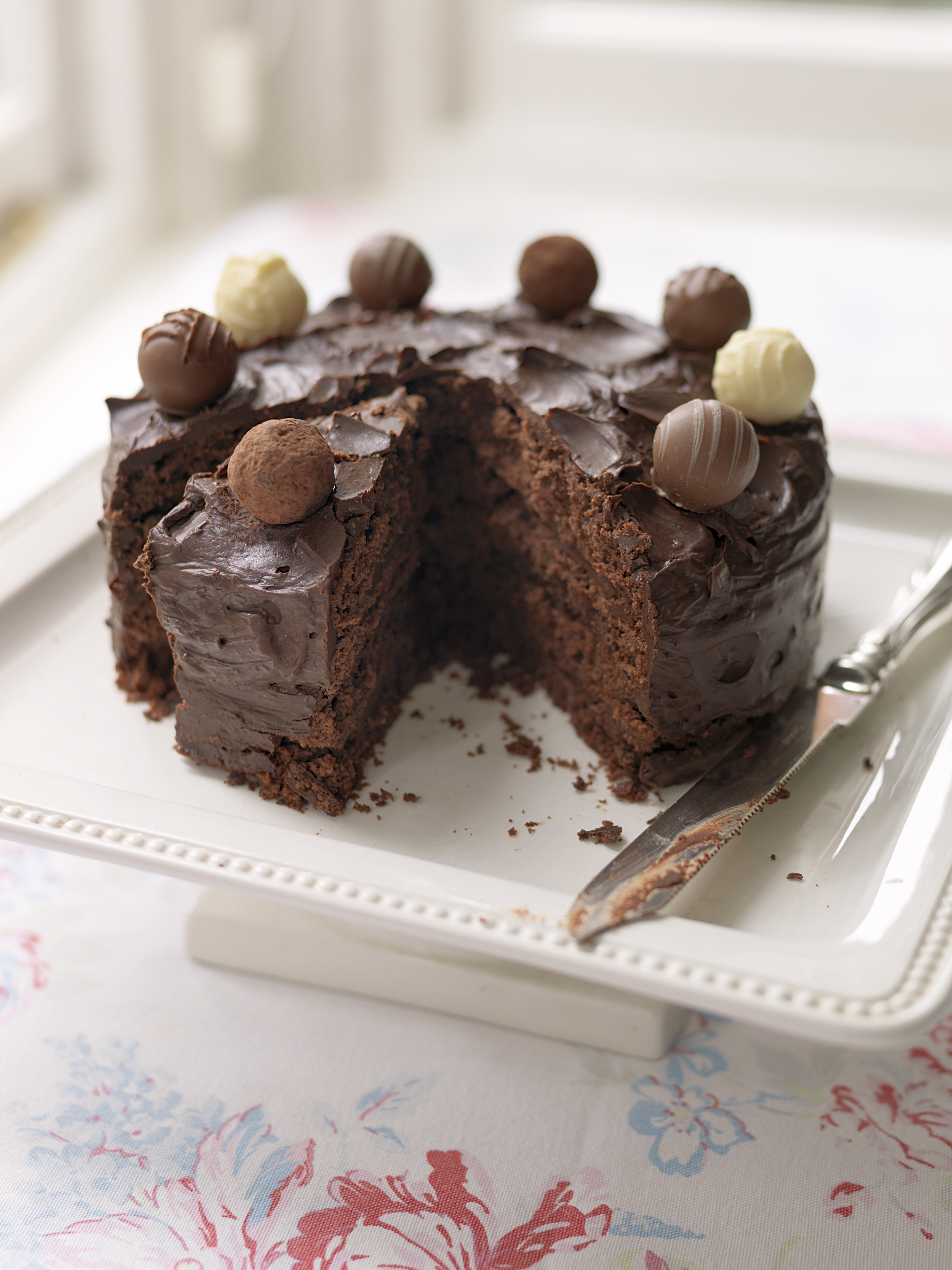 Superb Layered Chocolate Truffle Cake